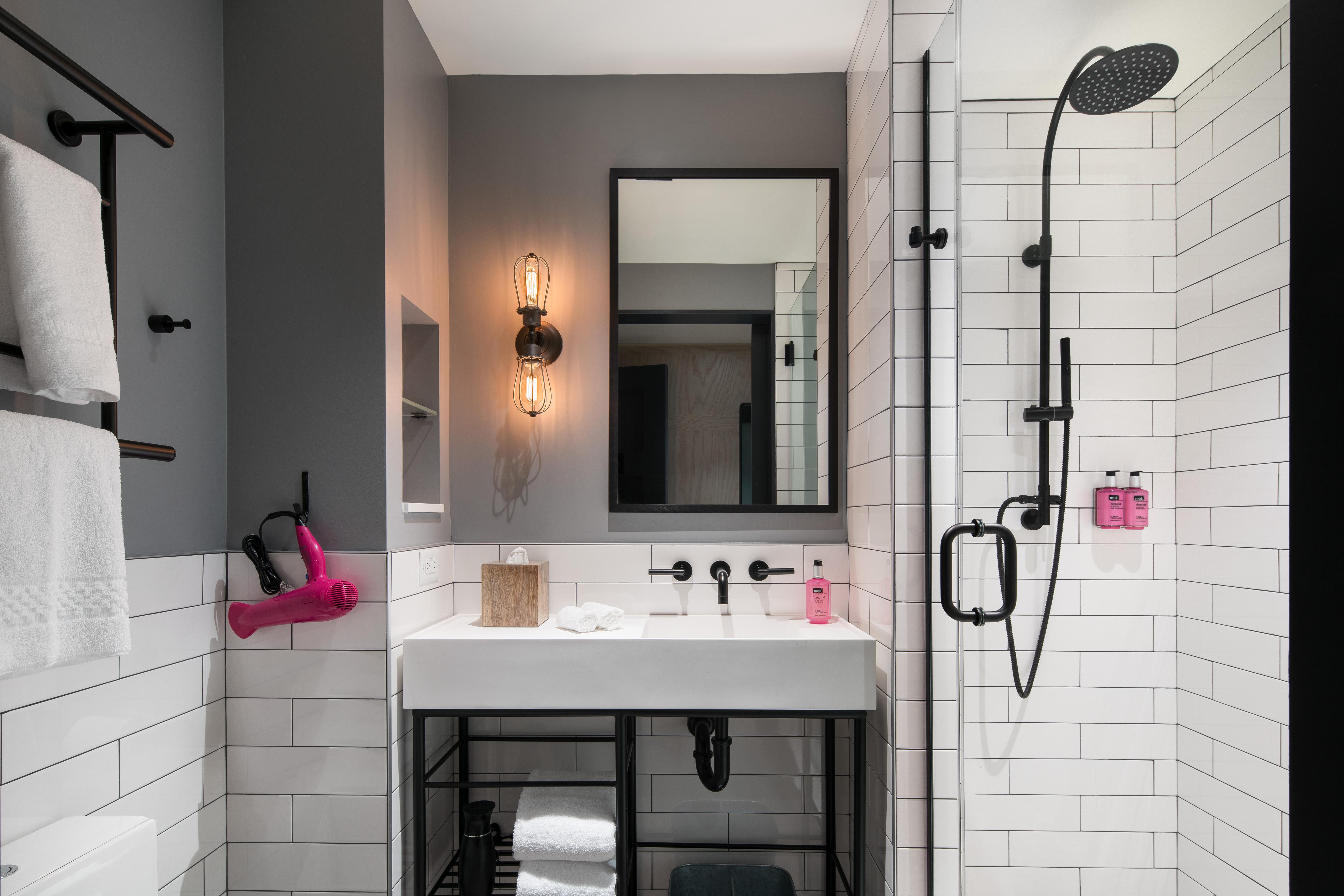 ox_sanox_guestroom_bathroom